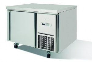 Deep undercounter chill and freezer MR series